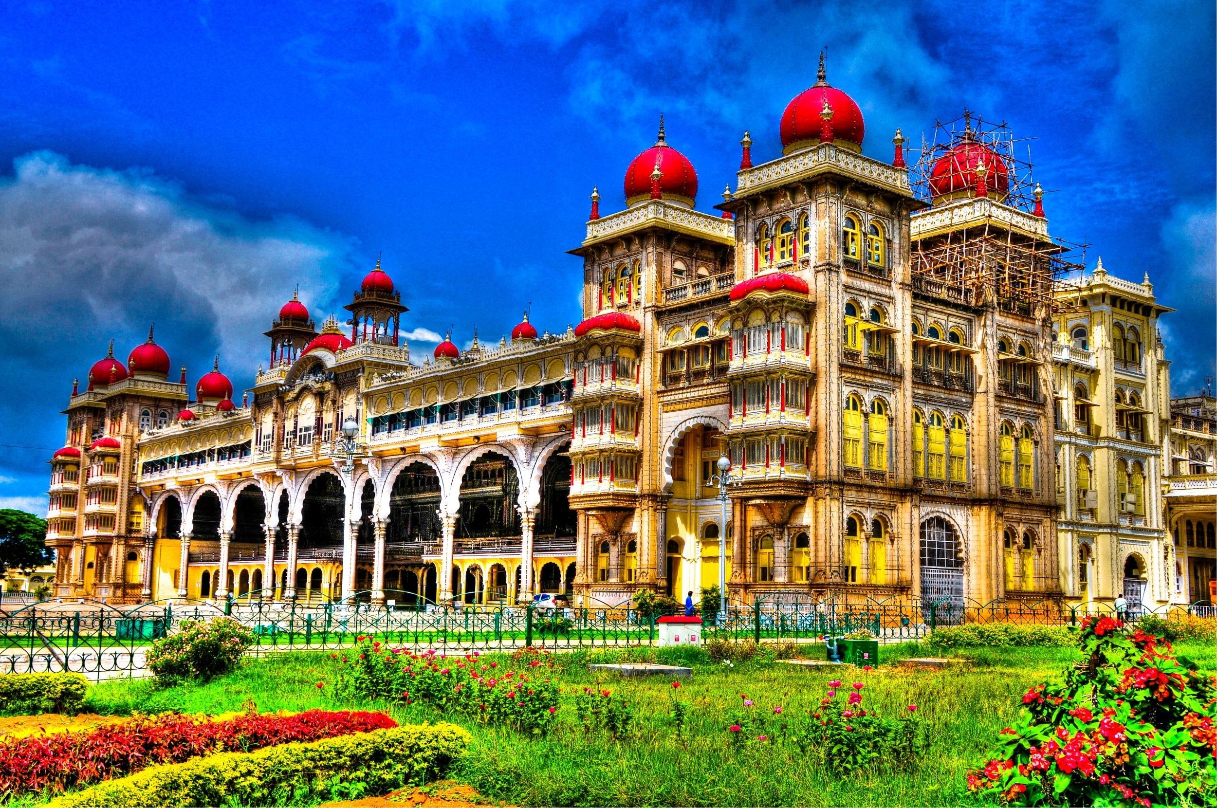 Top 7 Monuments In India Incredible India